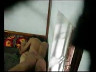नोरा पांच डिक्स फुल सेक्सी इंग्लिश मूवी का सामना करता है और उन सभी को गहरे गले लगाता है