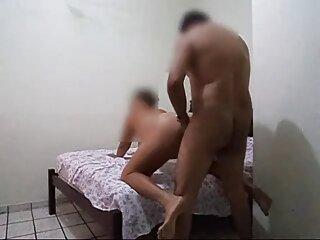 हॉट दिखने सेक्सी इंग्लिश मूवी वाला लड़का पड़ोसी दादी fucks