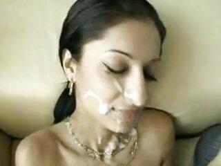 बॉस इंग्लिश हिंदी सेक्स मूवी के साथ त्रिगुट में बॉयटॉय