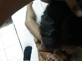 एक अच्छा वसा गधा के साथ एक बालों वाली भारतीय फूहड़ गड़बड़ हो इंग्लिश सेक्सी वीडियो मूवी जाता है और एक भार पीता है