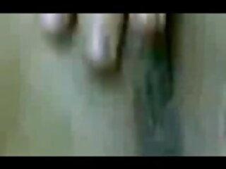 बटलावर - चूसने वाला इंग्लिश सेक्सी फिल्म मूवी मुर्गा