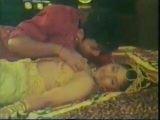 गोंजो इटालो, इंग्लिश सेक्सी मूवी वीडियो में मुट्ठी एक सॉसेज