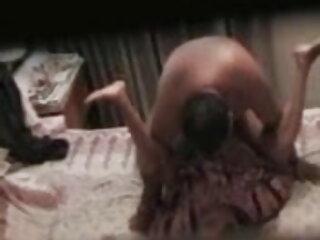 असली युगल, वास्तविक सेक्स, मुँह में सह, निगल इंग्लिश की सेक्सी मूवी