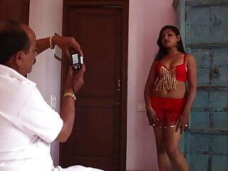 उसकी गांड को सीधा इंग्लिश मूवी सेक्सी फिल्म लंड चुदाई से निशाना बनाया जाता है