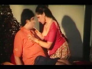 फूहड़ पार्टी नृत्य और हिंदी सेक्सी मूवी इंग्लिश कमबख्त