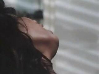 व्हिटनी डर से मूवी सेक्सी इंग्लिश फिल्म शुक्राणु चूसते हैं और पीते हैं