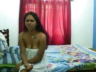 सफेद इंग्लिश मूवी सेक्सी मूवी लड़की अच्छी काली डिक लेता है